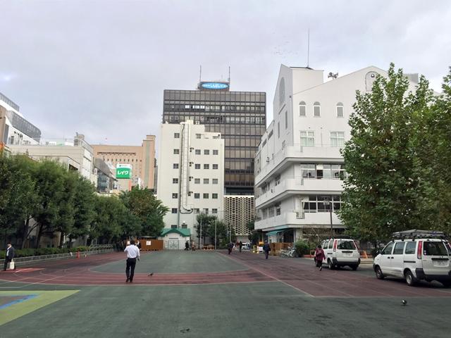 新橋駅前再開発エリア 桜田公園 2014.11.6