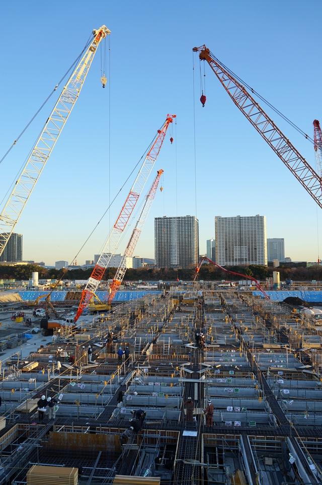 豊洲新市場の「水産卸売場棟」 2014.12.22